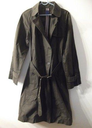 À vendre sur #vintedfrance ! http://www.vinted.fr/mode-femmes/trenchs/52665675-tres-beau-trench-dans-les-tons-marron-bensimon