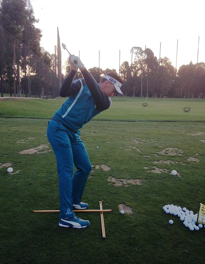 Ian Poulter practicing #Sunsetgolf