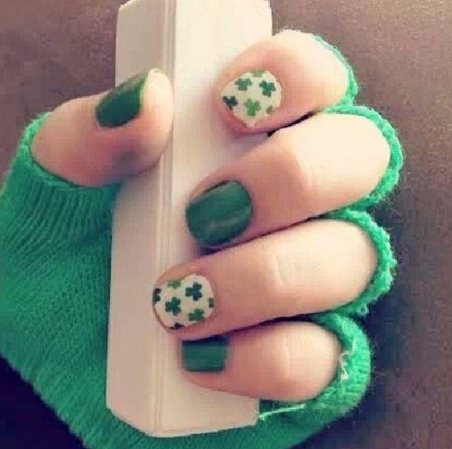 Cute St Patricks Day nails