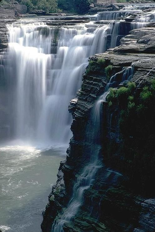 Letchworth State Park, NY ✈✈✈ Here is your chance to win a Free Roundtrip Ticket to anywhere in the world **GIVEAWAY** ✈✈✈ https://thedecisionmoment.com/free-roundtrip-tickets-giveaway/