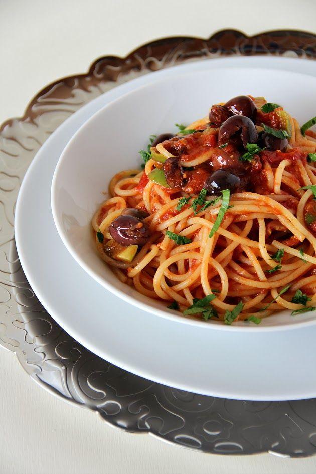 Spaghetti alla puttanesca | Chiarapassion