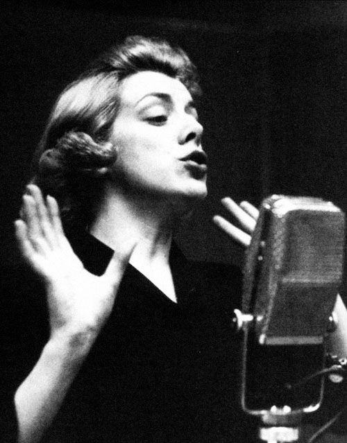 Rosemary Clooney in the studio, 1953.