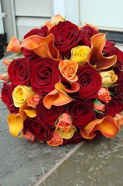 17 Best Images About Burgundy Peach Cream On Pinterest Tall Centerpiece Red Bouquet Wedding