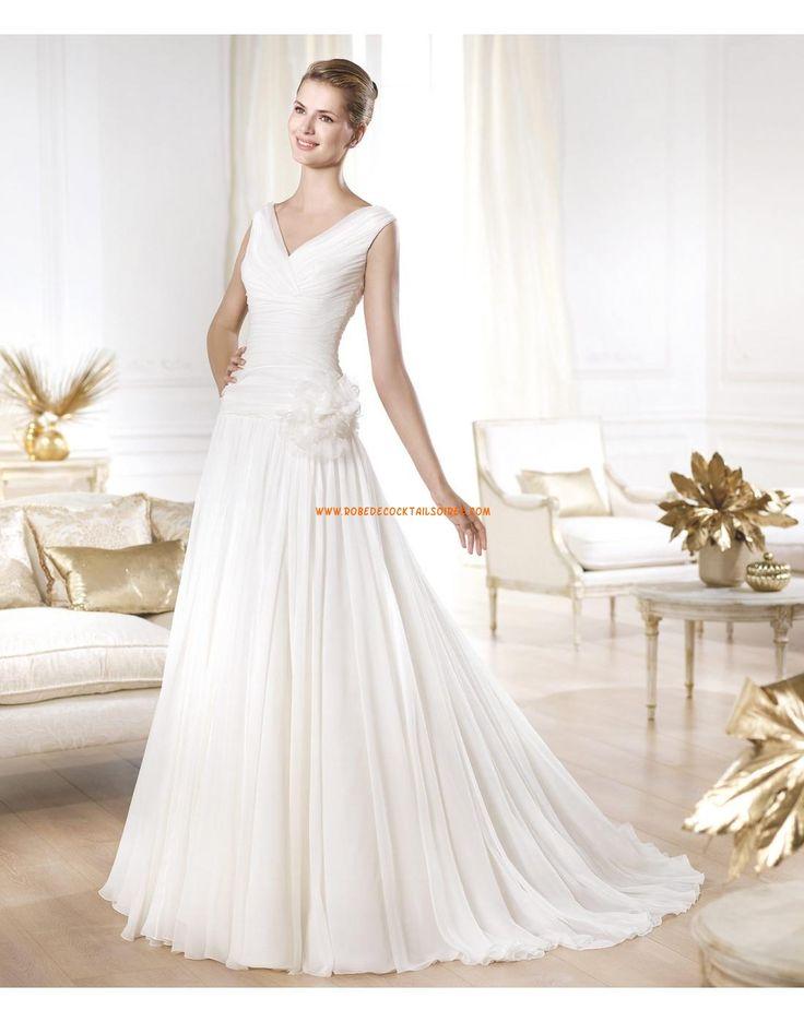 Robe de mariée col V mousseline fleur