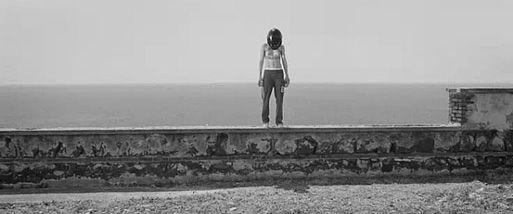 Visione Sospesa: Echi #16 | KASPAR HAUSER di DAVIDE MANULI è Il film elettronico