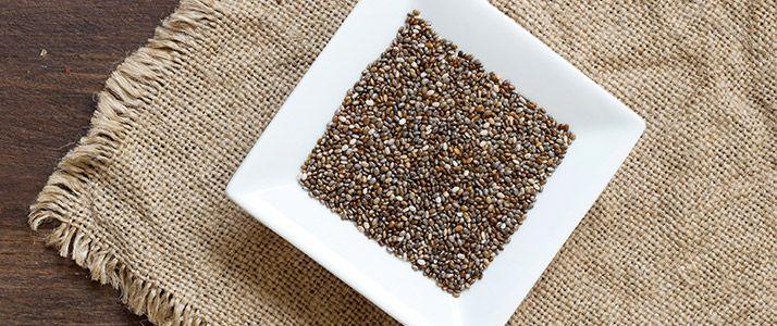 A chia mag előnyei közül érdemes kiemelni, hogy magas az omega-3 és Alfa-linolénsav tartalma. A chia mag hatása áztatva, főzve érvényesül a legjobban.