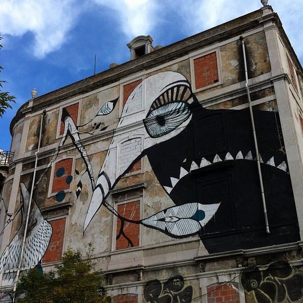 Work by #LucyMclauchlan • Photo by @misslilynoelle • Lisboa , Portugal #Padgram