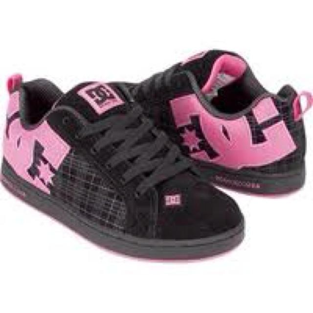 Dc shoes :)