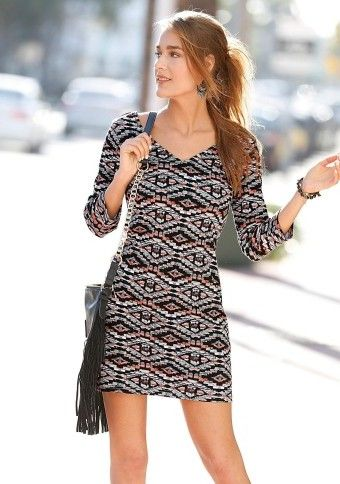 Přiléhavé šaty s etno potiskem #ModinoCZ #modino_cz #modino_style #dress #style #fashion