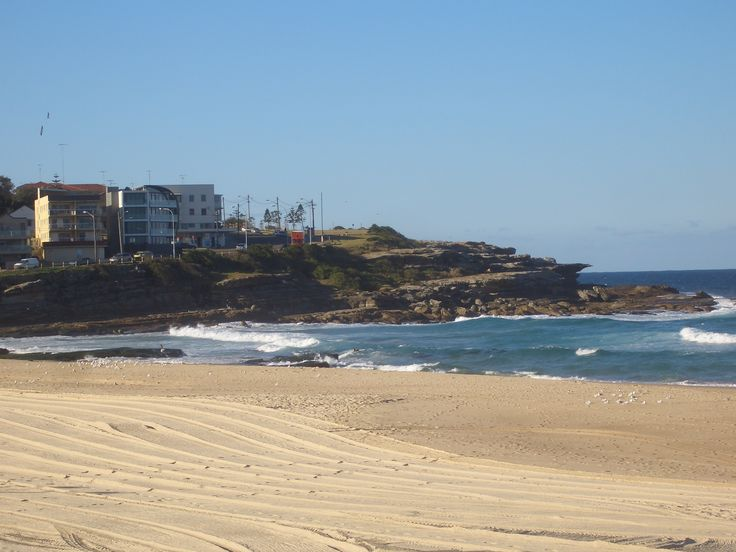 Maroubra Beach Sydney - Business trips can be relaxing when you go somewhere fun and save money at the same time! Pin now and save later at bizofferz.com