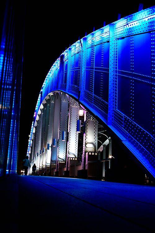 Eitai Bridge in Tokyo, Japan | mas #arquitectura en www.construestilo.com