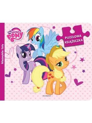 Puzzlowa zabawa z kucykami Pony! Czytaj historyjkę i układaj obrazki ilustrujące kucyki i ich pasje. Na każdej stronie dziecko znajdzie 9 puzzli do układania.