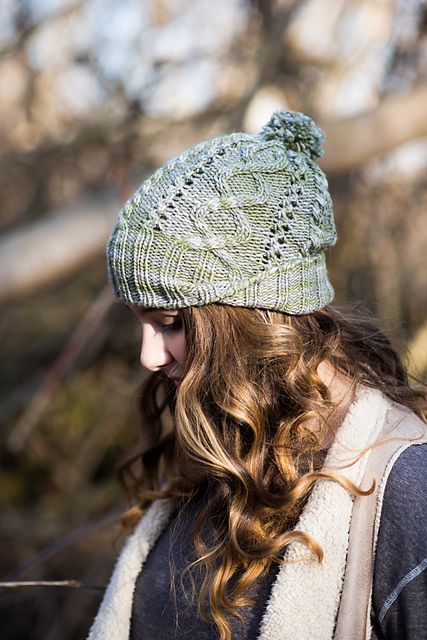 Foraging – a knitting pattern by Kalurah Hudson. Available for free download through the end of February, 2016.