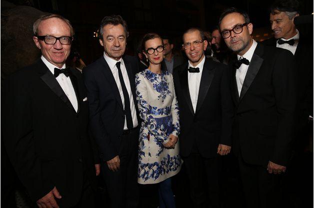 Bertrand Méheut (Canal +), Michel Denisot et Anne Boulay (Vanity Fair), Jonathan Newhouse (CEO Condé Nast), Emmanuel Poncet (GQ) GQ célèbre ses Hommes de l'année 2013