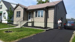 newly renovated spacious 2 bedroom main level house for rent hamilton ontario image 1