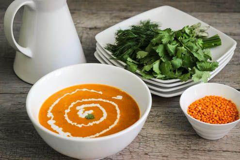 Ароматный суп-пюре с красной чечевицей