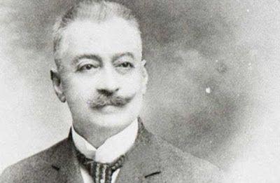 Santeos: Κωνσταντίνος Κωνσταντινίδης