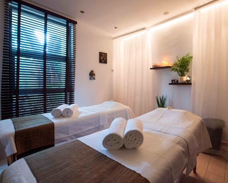 Excellent Indoor Spa Decorating Ideas Onechitecture In 2020 Home Spa Room Massage Room Massage Room Decor