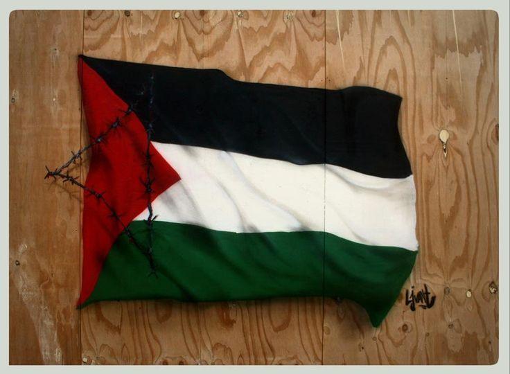 Palestina, Israël, Protest, Streetart, Public, Art, Kunst, Political, LjvanT, Lj van Tuinen, Leeuwarden, Barbwire, Fence, Prikkeldraad, Davidster, Sabotage