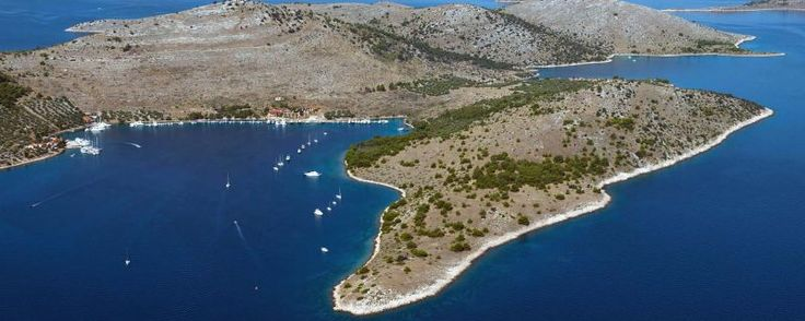 Croatia sailing destinations: Žut -  Croatia sailing destinations: Žut      Croatia Sailing Destinations     No comments  Žut is a medium-sized island in northern Dalmatia region located between Pašman and Kornat islands, stretched for 6.5 nautical miles in length. It is the second largest island in the fascinating Kornati archipelago, but unlike the largest Kornat, Žut is not comprised in the Kornati National Park, fact which doesn't make it much less attractive.  On the contrary, this…