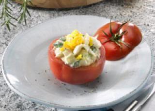 Tomate farcie au thon et aux câpres