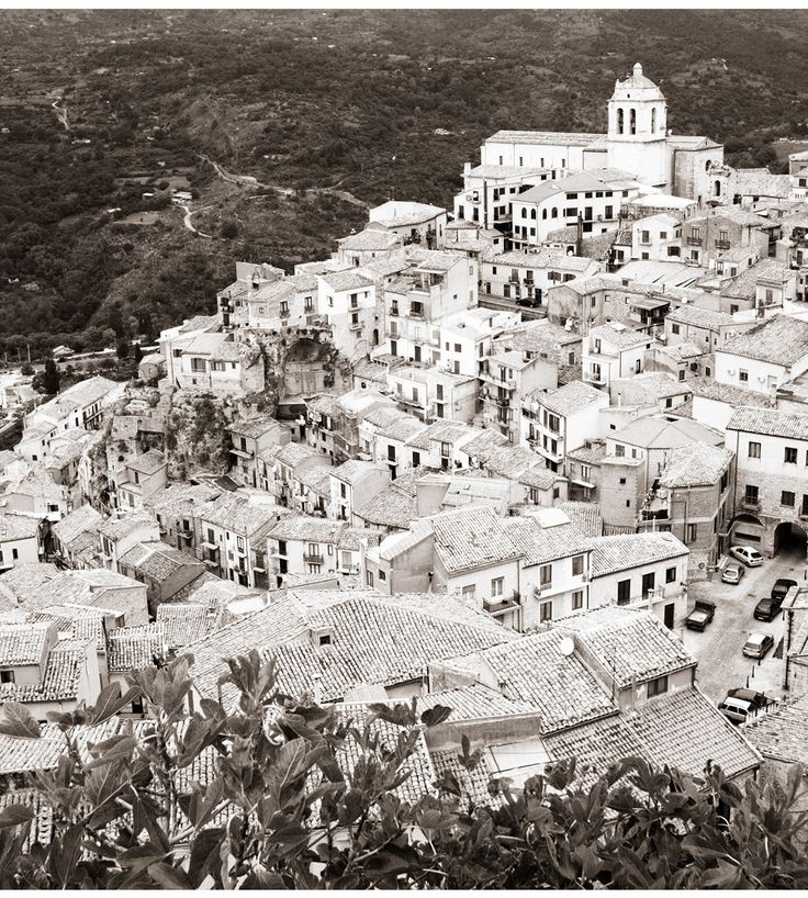 Sicily; photo by Iconoclash Photography
