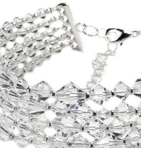 Kryształy przyciągają wzrok.