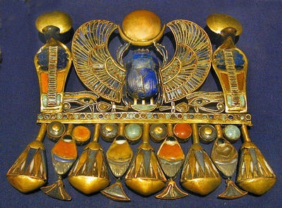 Winged scarab of Tutankhamun with semi-precious stones.: Egypt Anci, Wings Scarab, Lotus Blossoms, Ancient Egypt, Art De, British Museums, Egyptian Art, Statement Jewelry, Photo