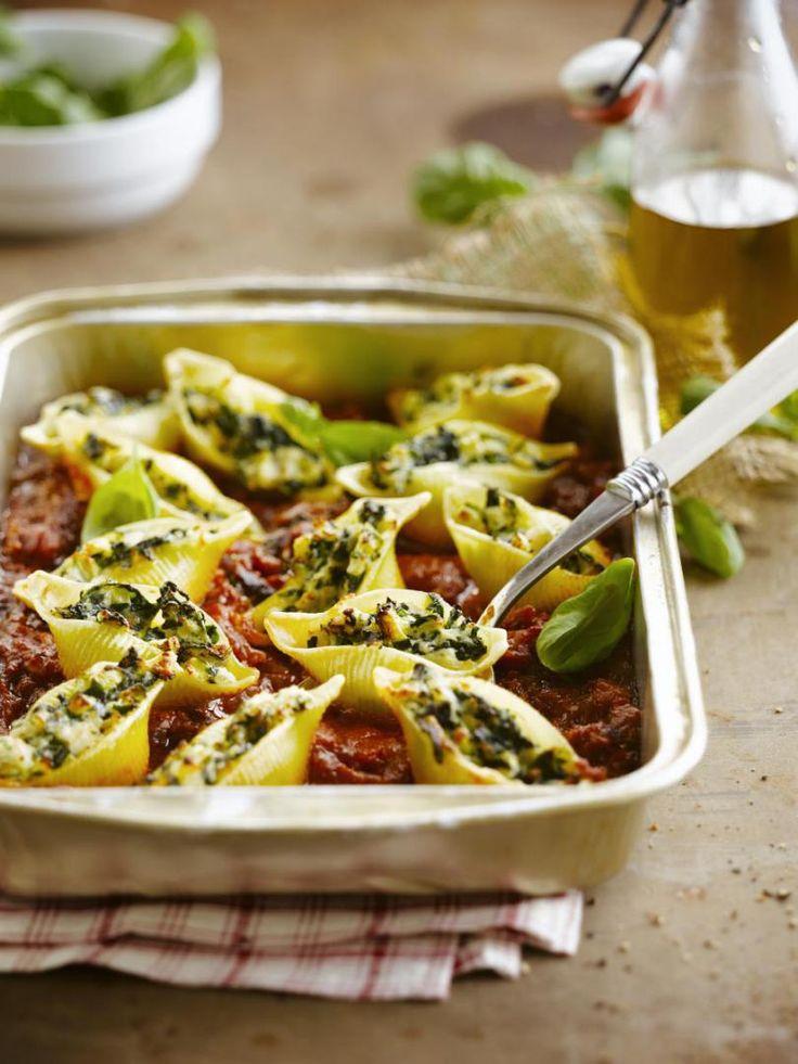 Gevulde pasta met vis http://njam.tv/recepten/gevulde-pasta-met-vis