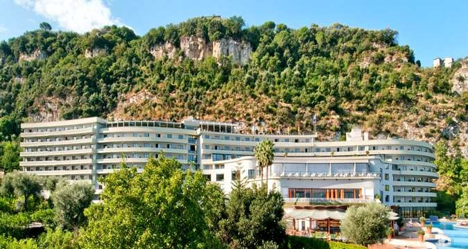 A nice stay on top of a mountain #HHweekend Sorrento Hotels & Conference Centres | Hilton Sorrento Palace | Italy