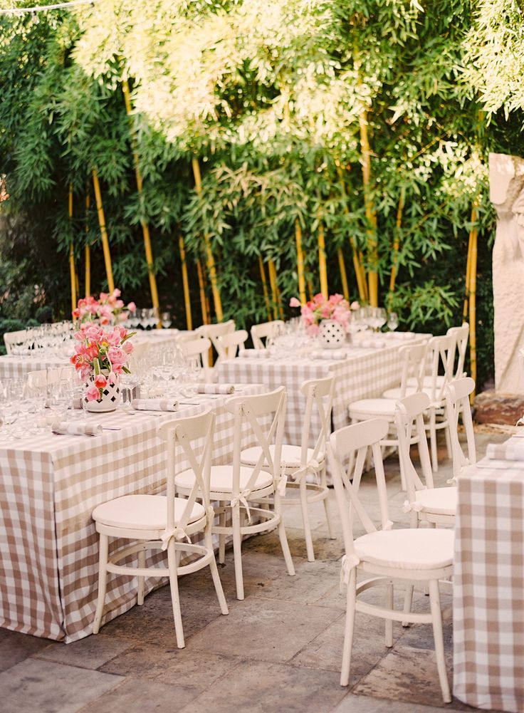 14 Reception Photos to Fulfill Your Outdoor Wedding Fantasy: http://www.modwedding.com/2014/10/12/14-reception-photos-fulfill-outdoor-wedding-fantasy/ #wedding #weddings #wedding_reception Photography: Jessica Burke