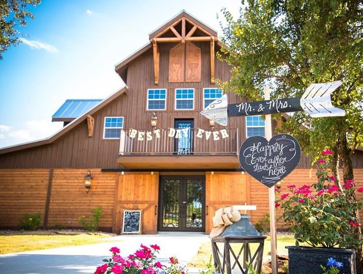 Barn Pros Haymaker model turned wedding venue in Texas Hill Country - #monitor #RCA #horse