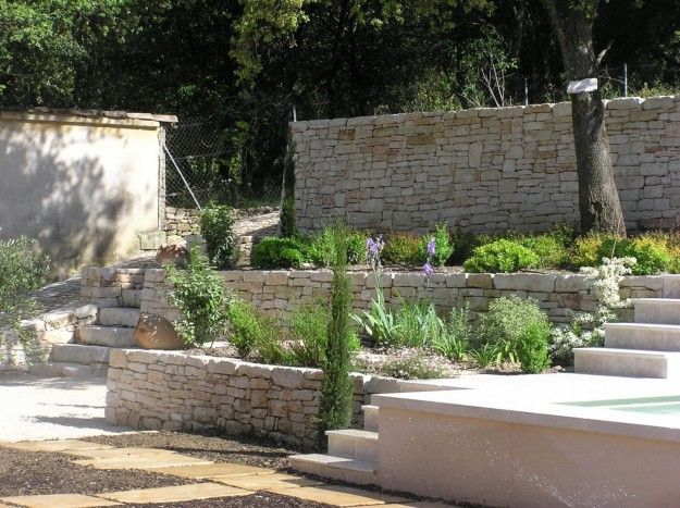 Le 25 migliori idee su giardino secco su pinterest dry - Muri da giardino ...