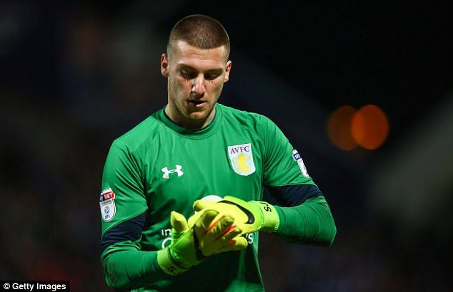 Villa ready to bid £3m for Man Utd keeper Sam Johnstone