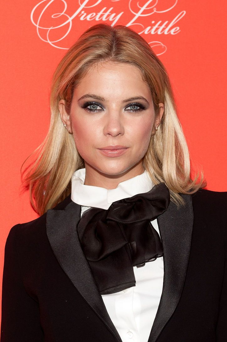 1 Thing You Can Do to Make Your Smoky Gray Eye Makeup as Sexy as Ashley Benson's