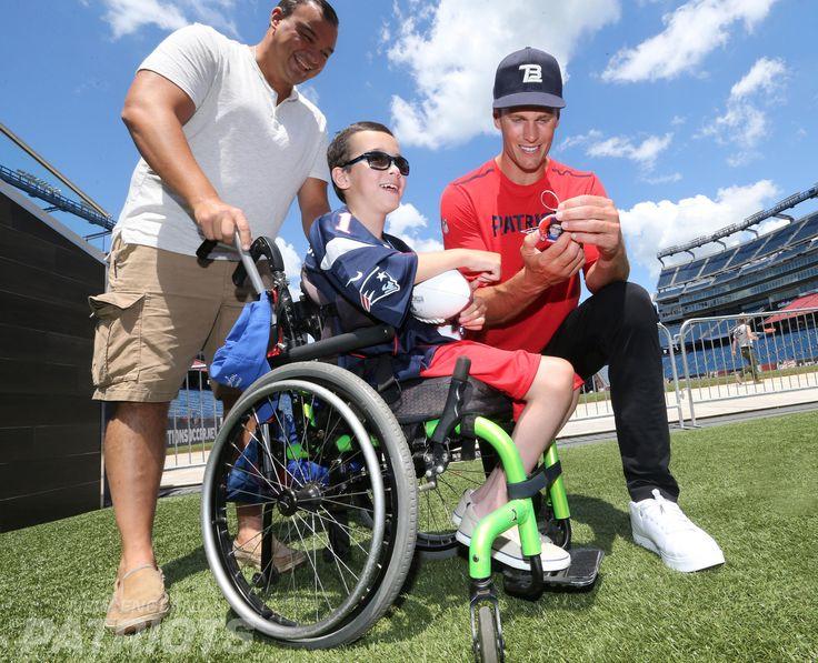 Tom Brady Makes Wishes Come True   New England Patriots