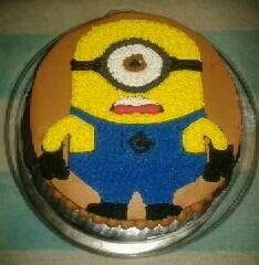Mini pastel minion Tecnica: Betún Sabor: chocolate