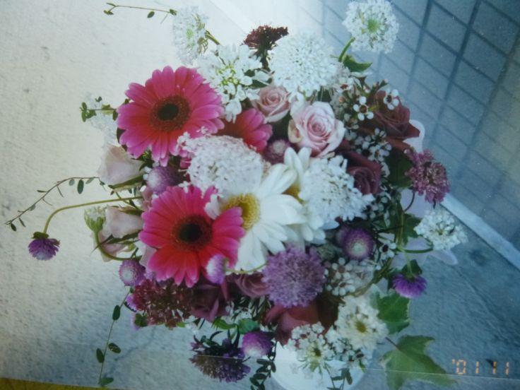Pink Wedding Bouquet made by Kent Florist Mikiko Inoue