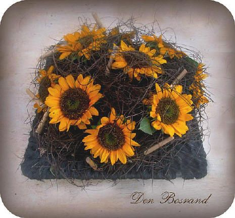 Een zomers bloemstuk met zonnebloemen maken bloemschikken met bloemen uit de tuin