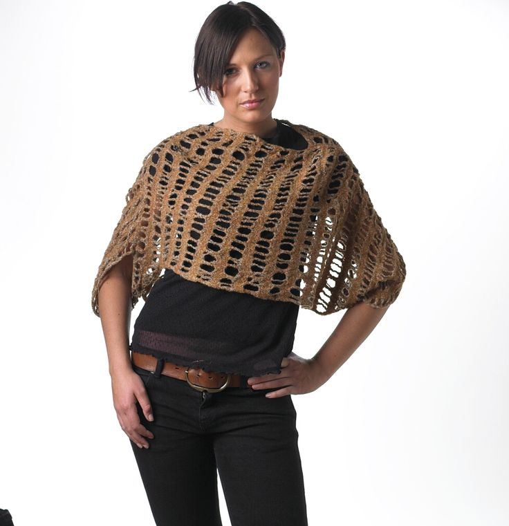 Sally - ponchoblouse. Knitted with drop stitches and felted. The blouse can be worn inside out.