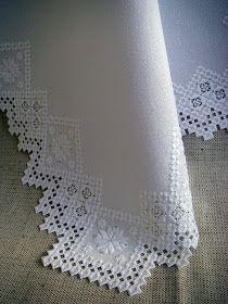 NAPKIN WHITE Hardanger Hand Embroidery by AWARD WINNING DESIGNE 1993 Салфетка вышита на белой хлопчатобумажной ткани белым ирисом с д...