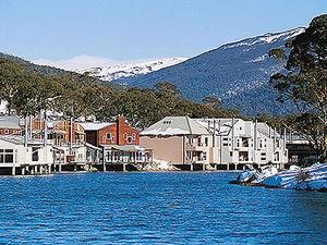 Lake Jindabyne, Australia