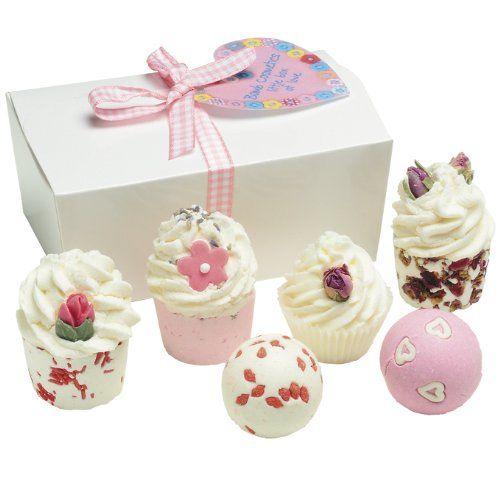 BOMB COSMETICS Little Box of Love Ballotin, Coffret Cadeau pour le Bain, 6 produits: Ballotin de produits de bain en forme de friandises.…