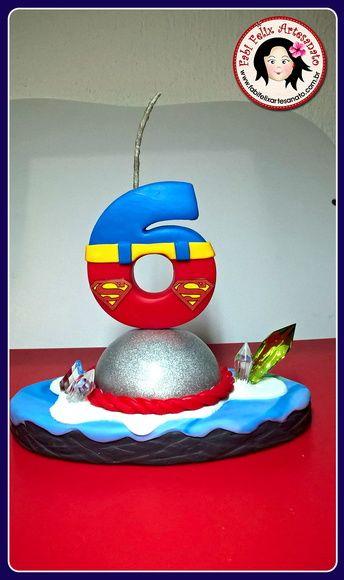 Topo Bolo Vela Superman Biscuit