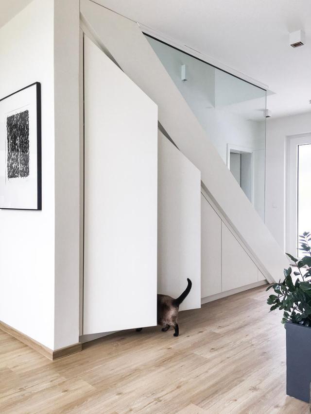 11 Likes - Entdecke das Bild von Vicky_Hellmann auf COUCHstyle zu 'Unser #einbauschrank unter der Treppe schafft optima...'.