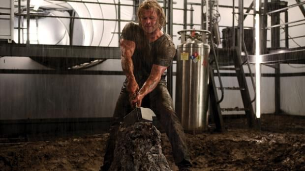 Official Chris Hemsworth Thor workout | Men's Fitness UK #MEN'SFITNESS