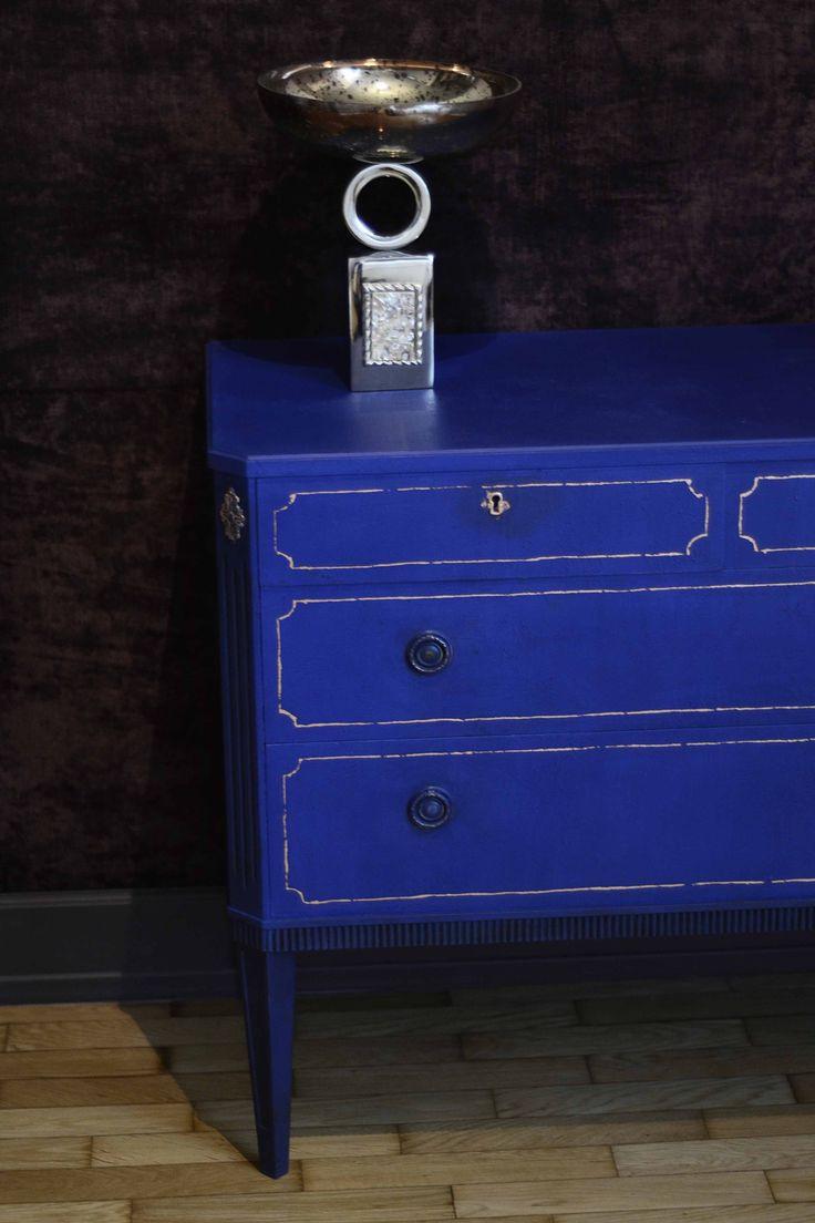 Chalk Paint™ decorative paint by Annie Sloan, Napoleonic Blue!