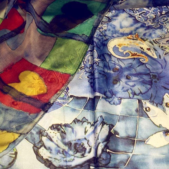 Hand painted luxury silk scarves by Carita K design. #captivatinghearts #luxurysilkscarf #silk #wearableart #honeymoonisland #lovesilk #gifts #caraff #caritakdesign #newbrand