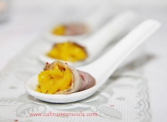 Recette de Cuillères apéritives au magret de canard fumé et à la mangue : la recette facile