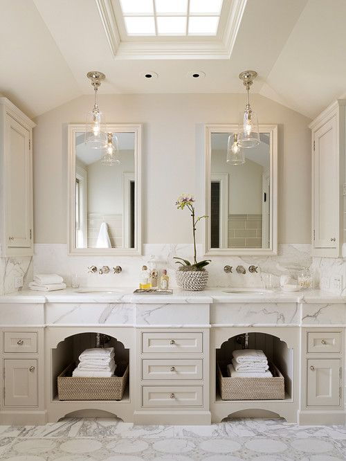 Colonial Style Small Bathroom: Best 20+ Dutch Colonial Homes Ideas On Pinterest